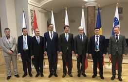 Představitelé ministerstev životního prostředí zemí V4, Bulharska, Rumunska a Slovinska na jednání v Budapešti