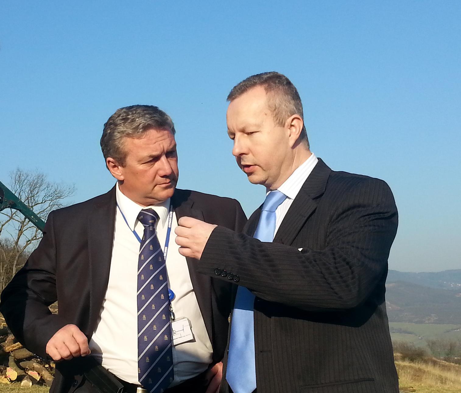 Ministr dopravy Prachař a ministr životního prostředí Brabec společně navštívili Ústecký kraj, řešili těžební limity i sesuv u Dobkoviček