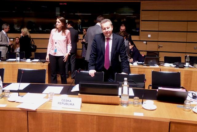 Ministr Brabec jednal na Radě EU v Lucemburku o odpadech