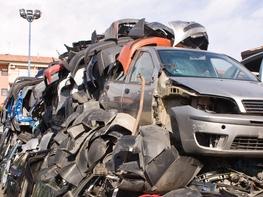 MŽP přispěje 40 miliony na ekologické zpracování autovraků