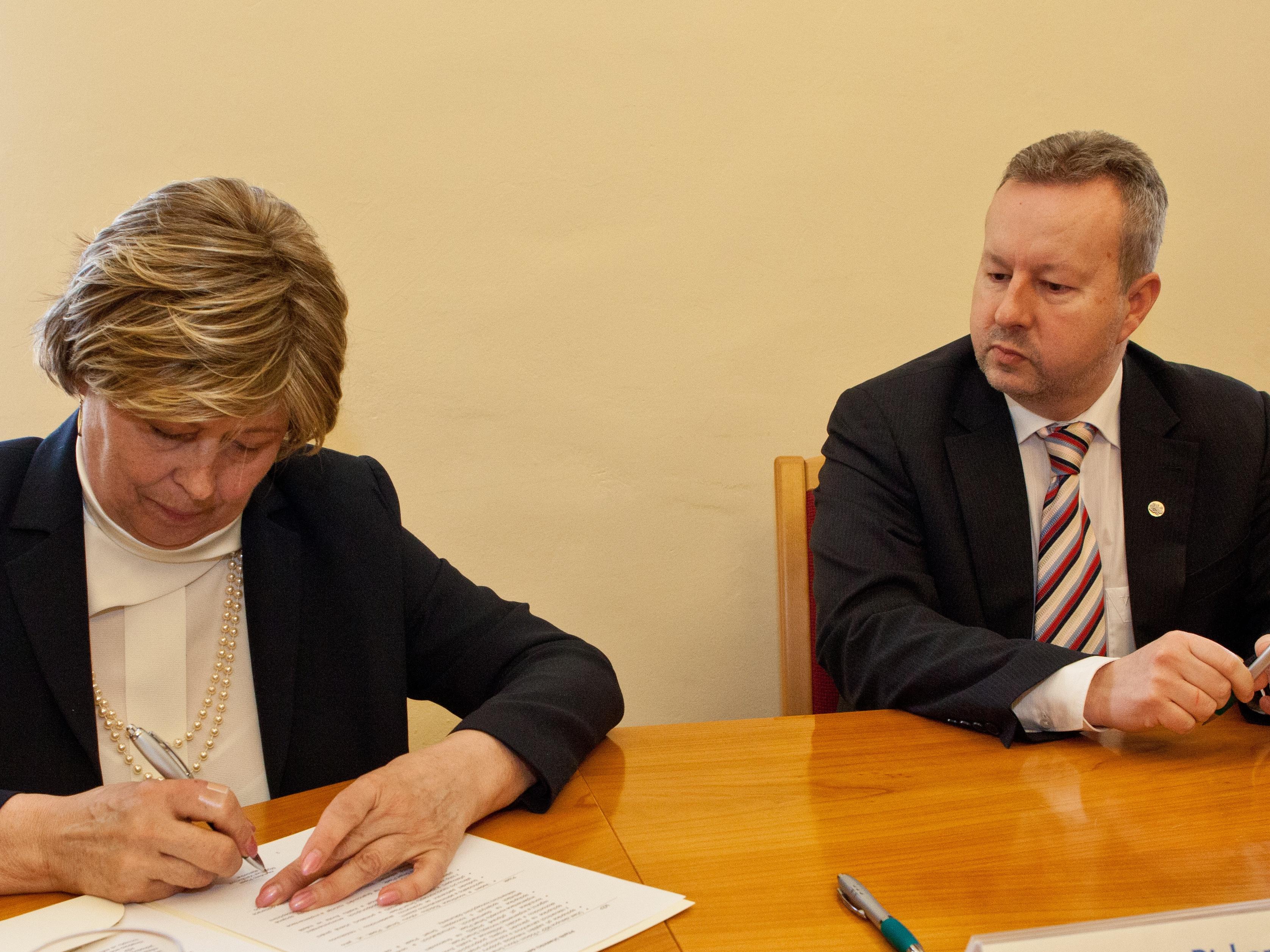 Ministerstvo životního prostředí podepsalo s městem Písek společnou deklaraci o spolupráci v rámci konceptu chytrého města