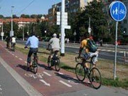 Města dostanou 20 milionů na osvětu a propagaci alternativní dopravy a čisté mobility