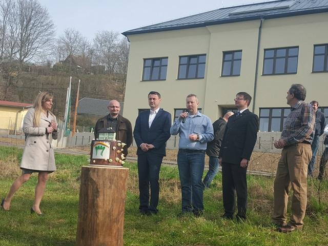 Ministr Brabec otevřel v CHKO Český ráj nový Dům přírody