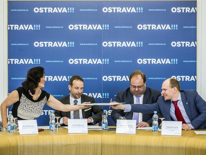 """Třinec chce být """"chytré město"""". Přistoupil k dohodě o rozvoji konceptu Smart city a Smart region v Moravskoslezském kraji"""