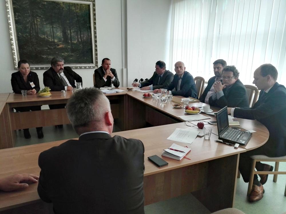 MŽP se s Libereckým krajem a zástupci obcí dohodlo na společném postupu při řešení vlivu těžby v dole Turów