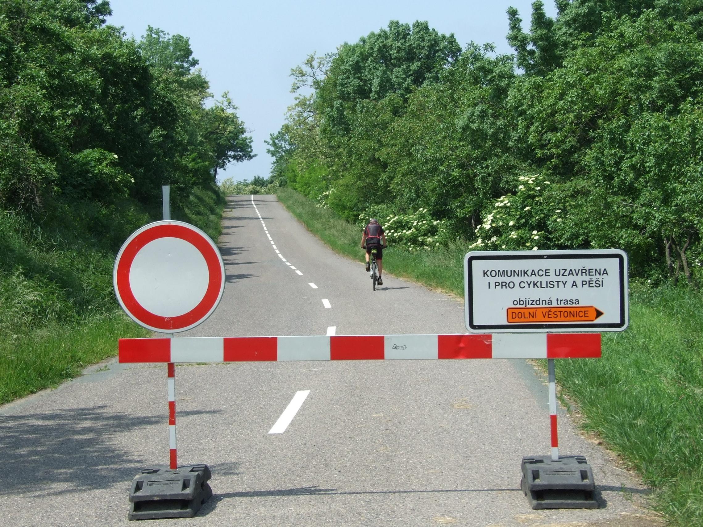 MŽP iniciovalo schůzku k urychlenému řešení zprůjezdnění silnice Dolní Věstonice - Pavlov