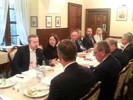 Ministr Brabec se setkal s polským ministrem životního prostředí Janem Szyszkem. Jednali o kvalitě ovzduší či možném rozšiřování dolu Turów