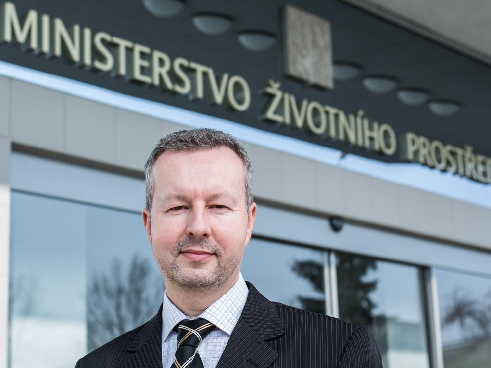 Ministr Brabec jednal s eurokomisařem Vellou o ochraně ovzduší a snižování produkce plastů