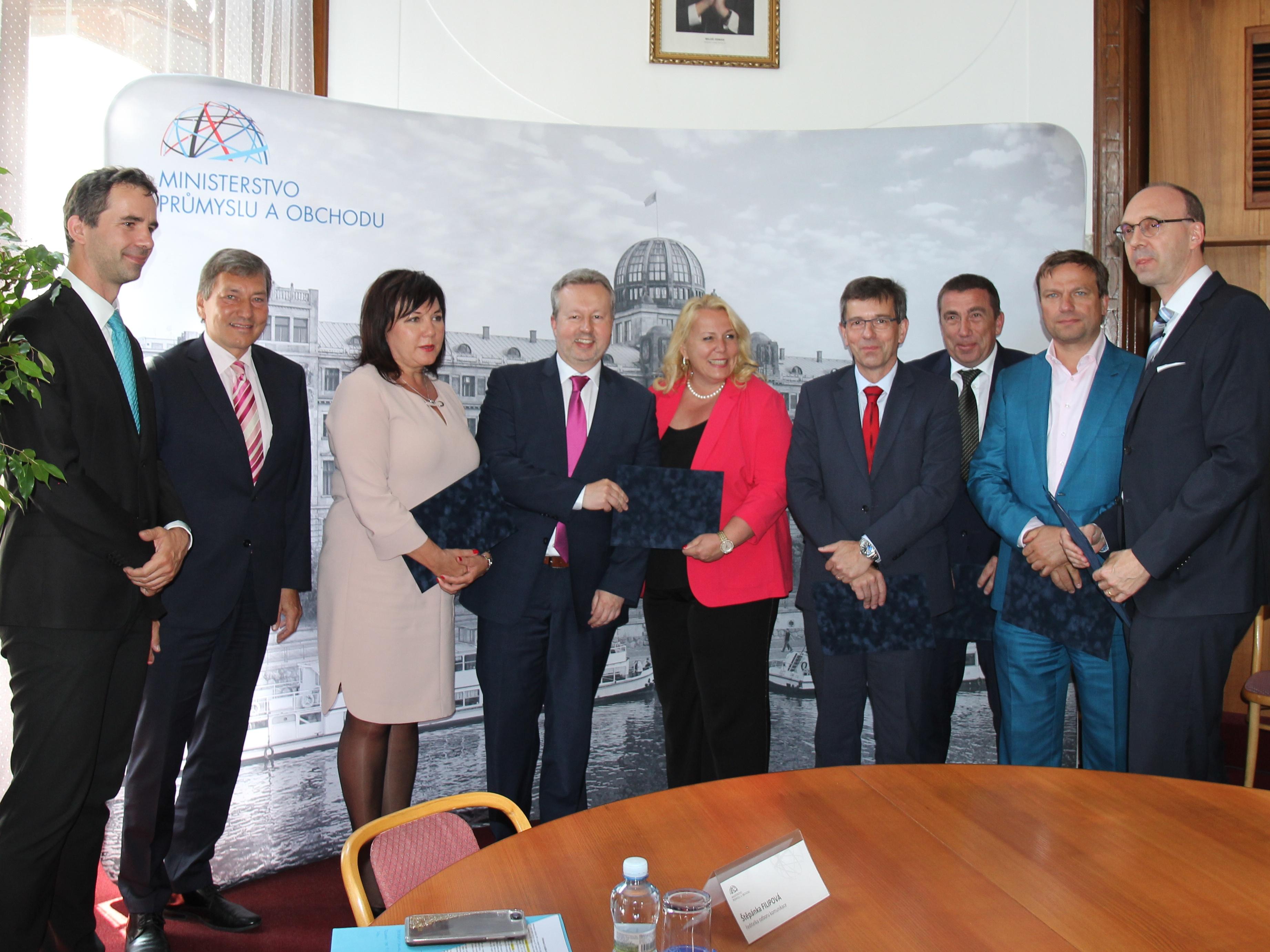 Memorandum podpoří další rozvoj vozidel na CNG do roku 2025. Stát tak chce přispět ke snížení znečištění ovzduší