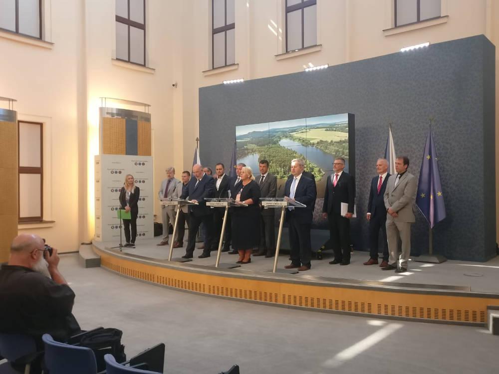 Ministři dnes jednali o suchu, Brabec na Úřad vlády svolal odborníky na boj se suchem