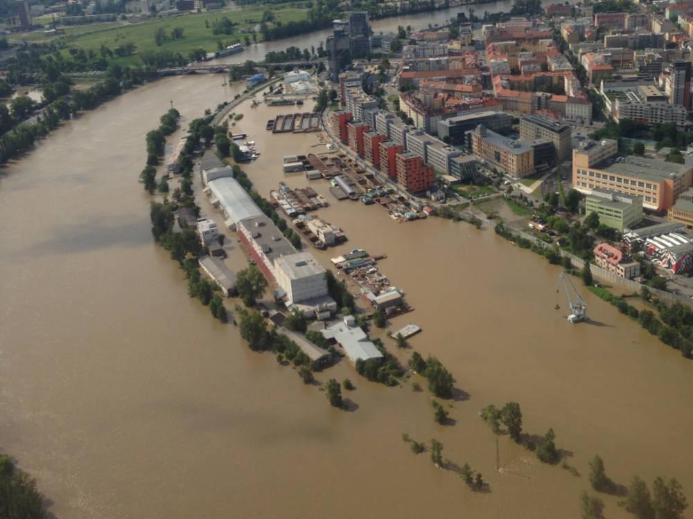 Další stovky milionů korun na ochranu obcí před povodněmi a nebezpečnými sesuvy