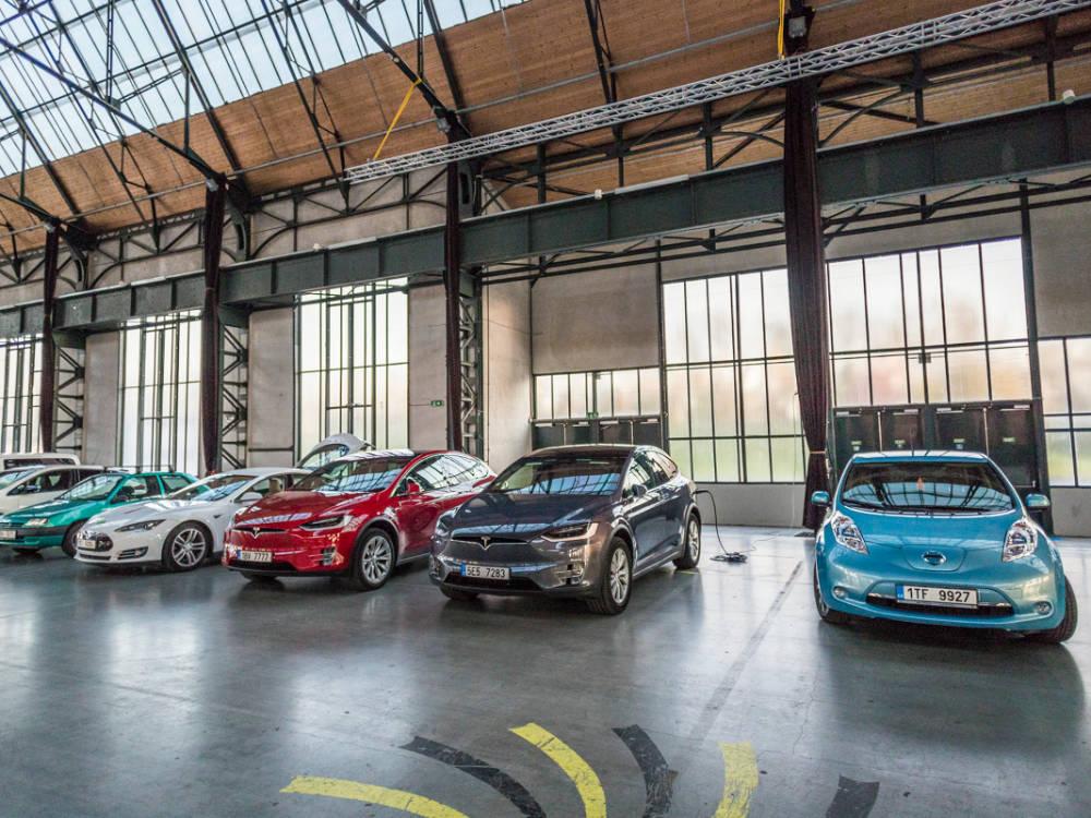 Z Mnichova do Ostravy čistě. eRallye ukázala, že i v Česku mohou jezdit elektromobily na dlouhé vzdálenosti