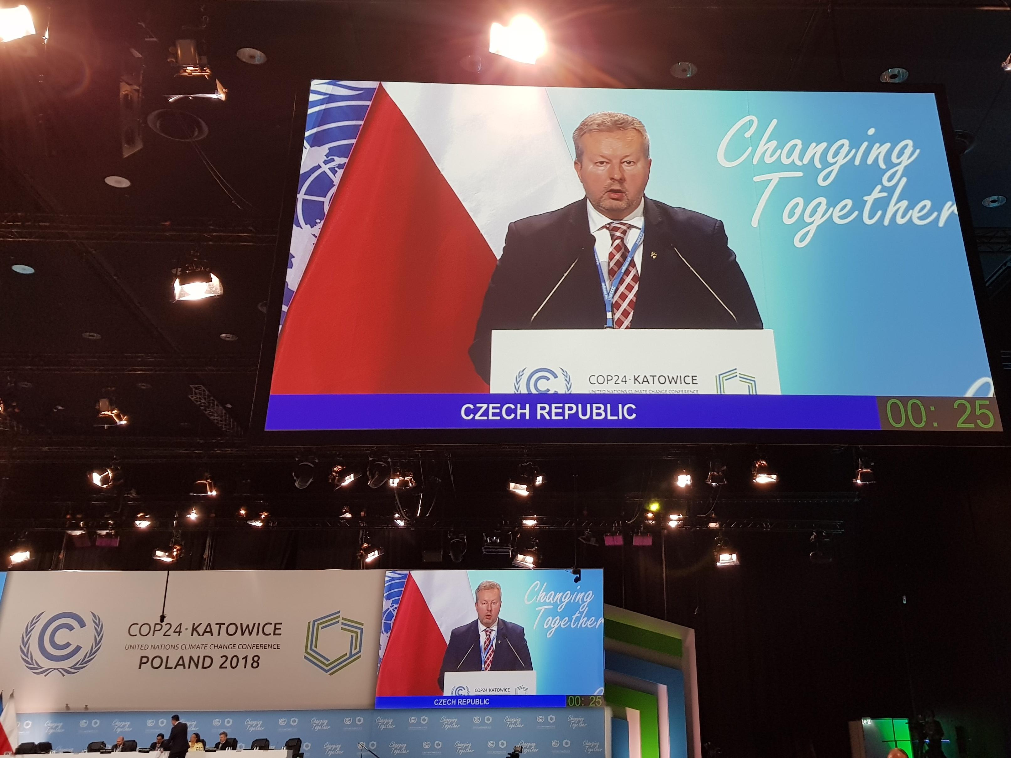 """Klimatická konference v Katovicích: Ministr Brabec doufá, že se podaří najít v Katovicích celosvětovou dohodu na """"kuchařce pro Paříž"""""""
