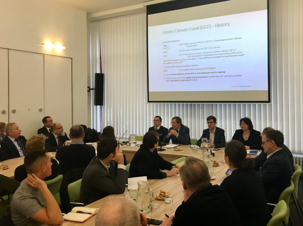 MŽP podporuje rozvojové aktivity českých firem v oblasti ochrany klimatu
