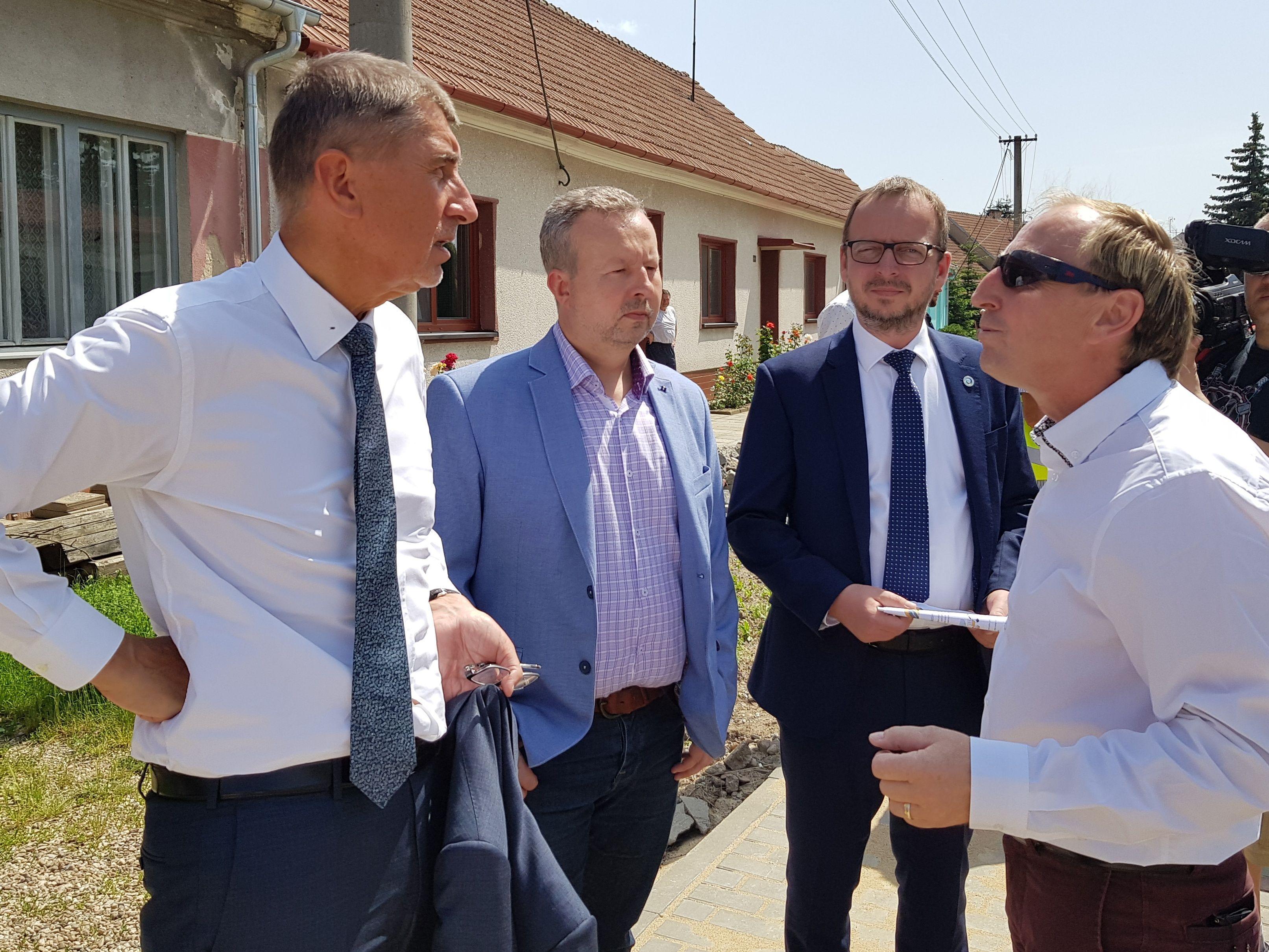 Ministr Brabec: 100 let naši předci odváděli vodu z krajiny, napravujeme hluboké škody