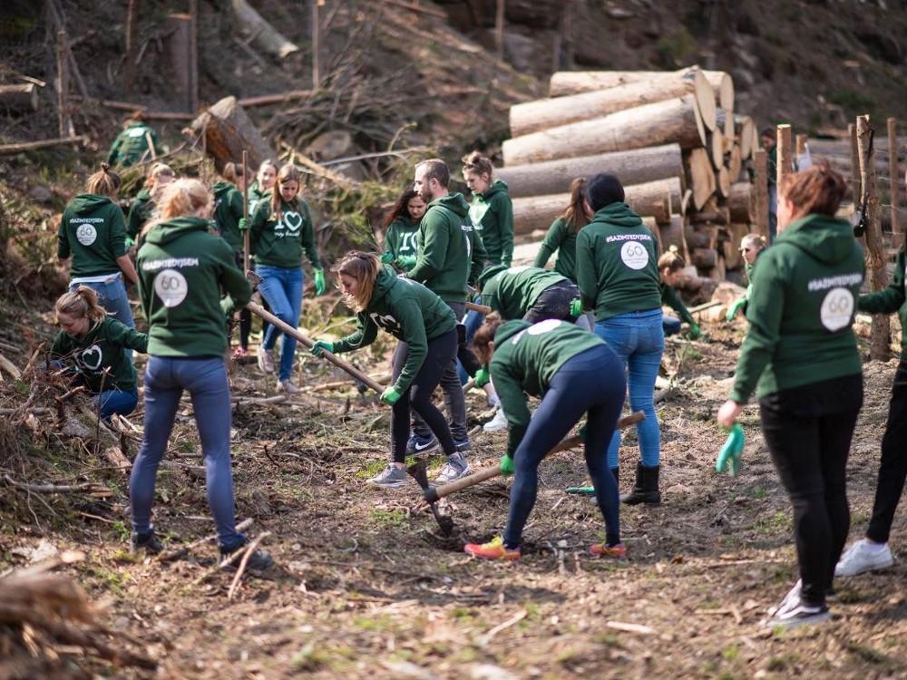 Konkrétní ekoprojekty v pøírodì a práce s dìtmi mají zelenou. M®P nabízí více ne¾ 13 milionù korun na zapojení veøejnosti do péèe o pøírodu