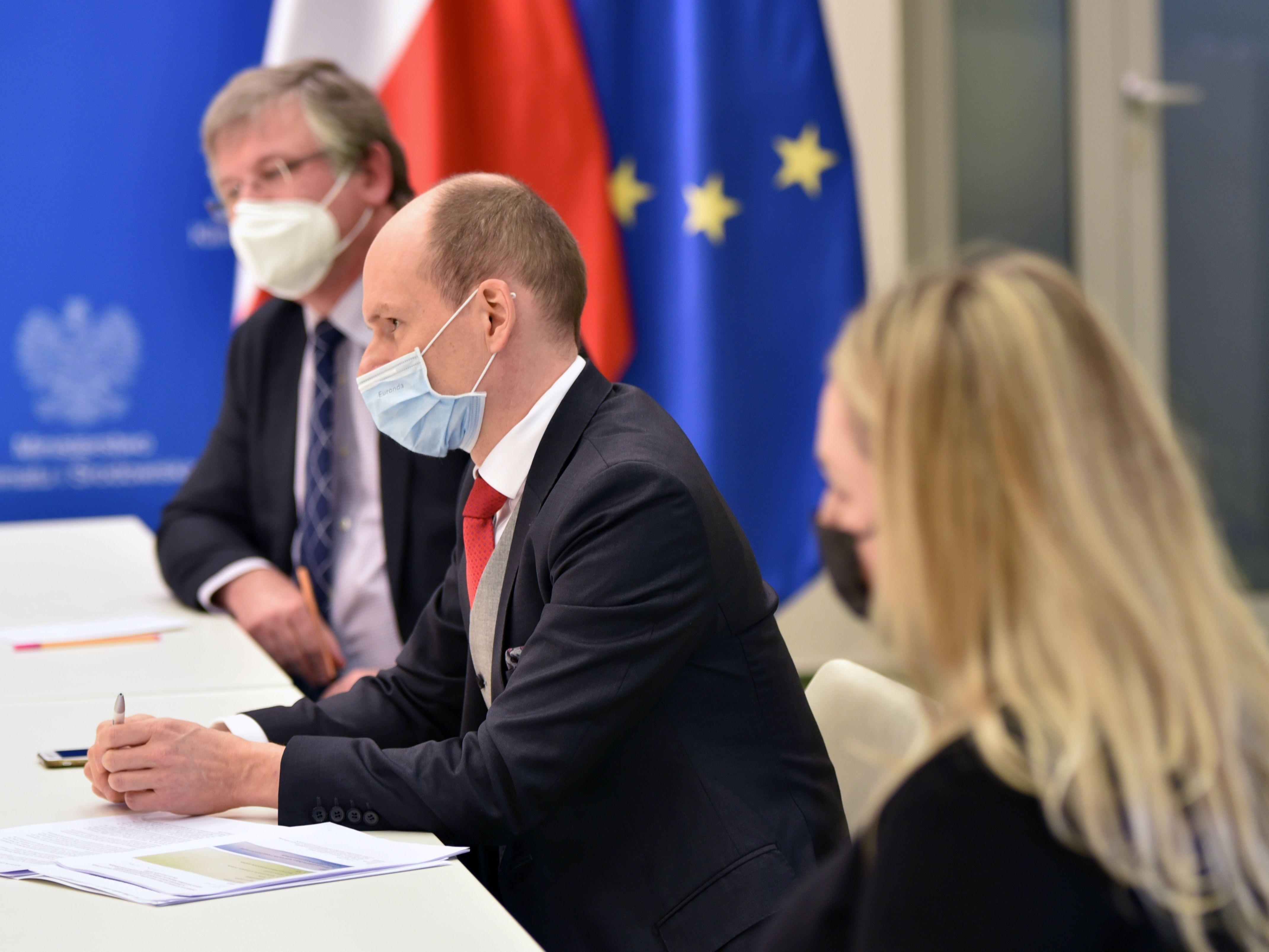 Ministerstvo zahraničních věcí spolu s Ministerstvem životního prostředí jednaly v Polsku o dole Turów
