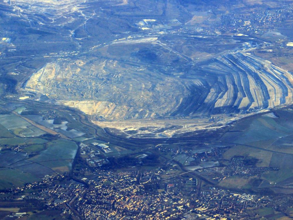 Komentář k prodloužení povolení k těžbě na dole Turów