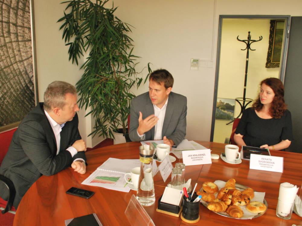 Výzkumy ukazují, že Češi podporují ochranu přírody a životního prostředí. Omezit se však chce jen menšina
