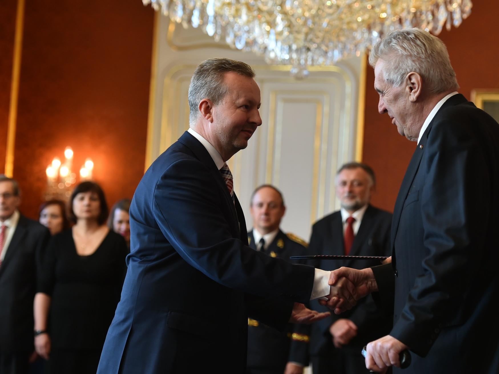 Ministrem životního prostředí zůstává Richard Brabec: Na Pražském hradě ho dnes jmenoval prezident Miloš Zeman