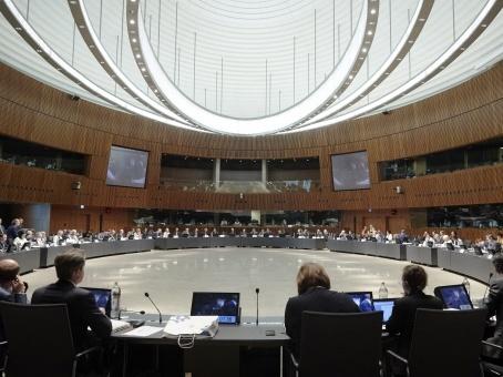 Na boj s plasty a přechod na oběhové hospodářstvíse dnes v Lucemburku zaměřili ministři životního prostředí