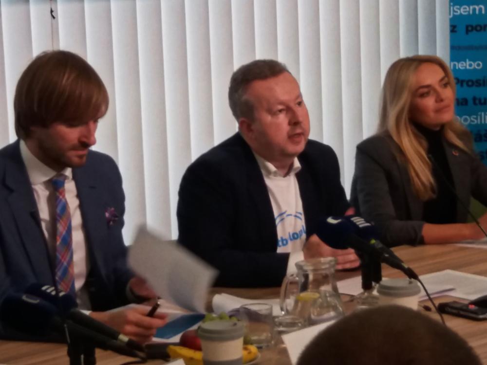 Kampaň MŽP #dostbyloplastu: Nenahrazujte, předcházejte!