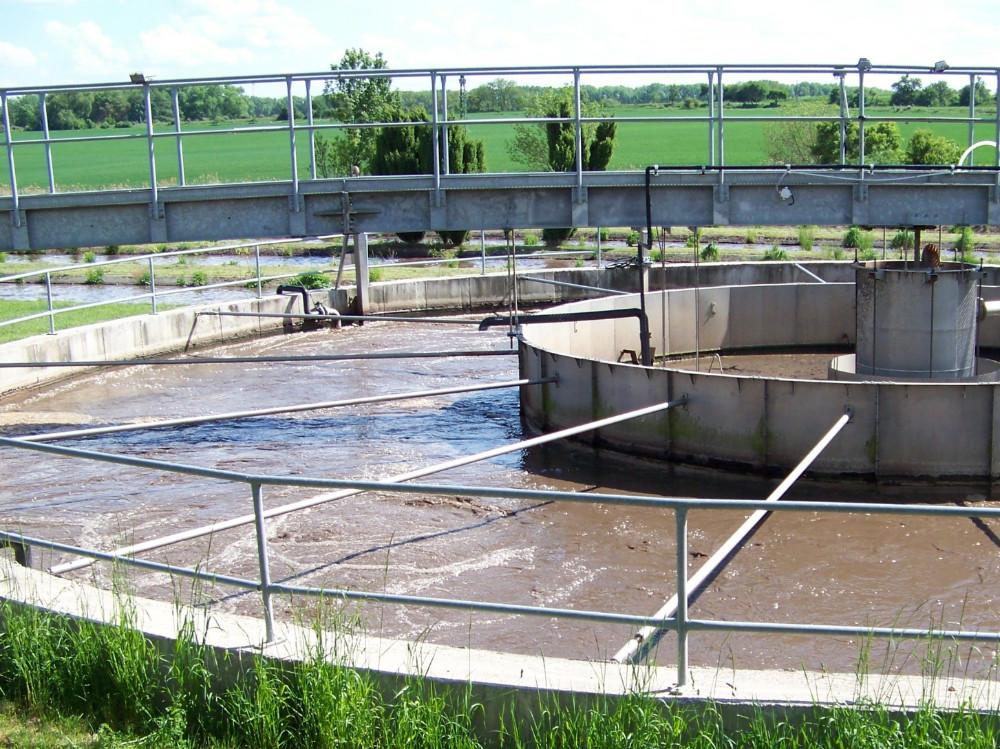MŽP posílá obcím 7 miliard korun na ČOV, kanalizace a vodovody