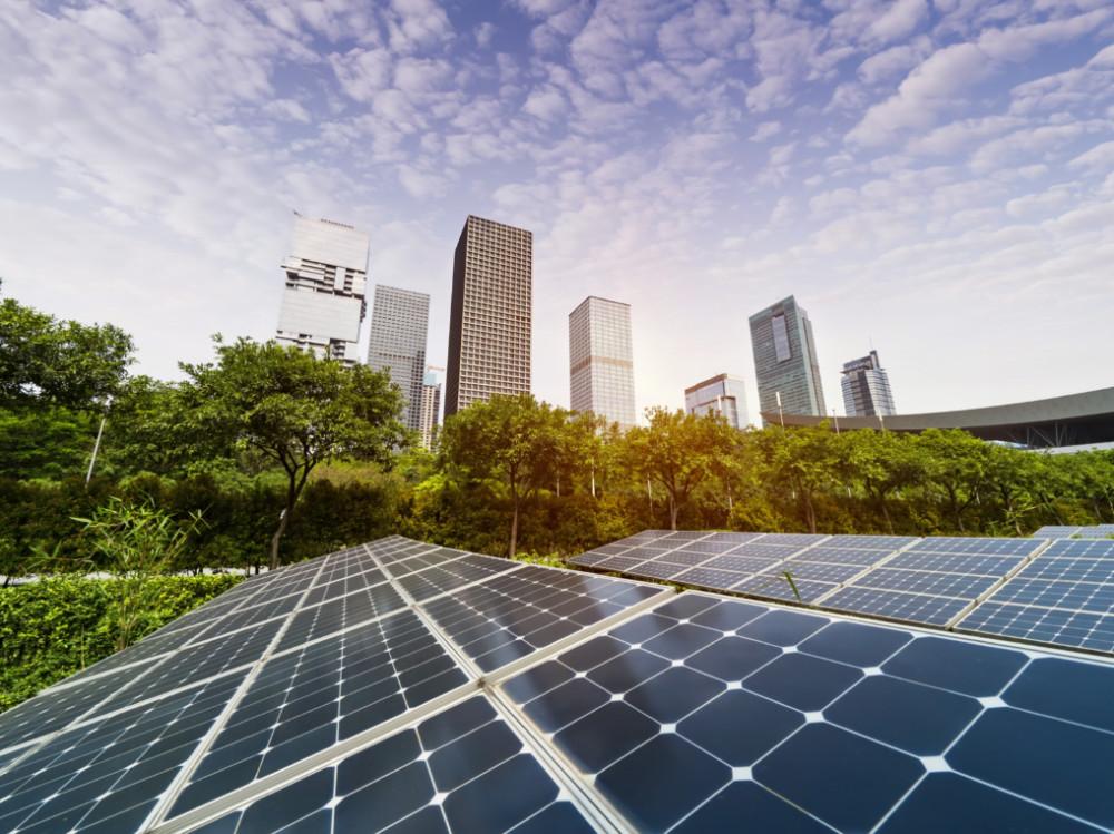 Česko kráčí k čistší energetice. Vláda schválila program pro Modernizační fond