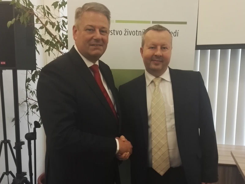 Energy savings, boiler subsidies or clean mobility. That was discussed by Minister Brabec and Austrian Minister Rupprechter