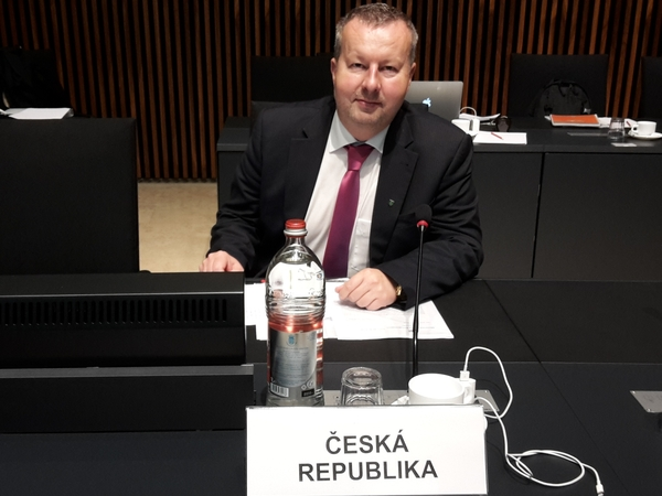 Minister Brabec discussed emission reductions and sustainable water management at the EU Environment Council in Luxembourg